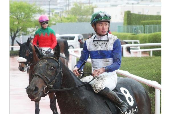 岩田康誠の息子は騎手の岩田望来!実績がすごすぎると話題!