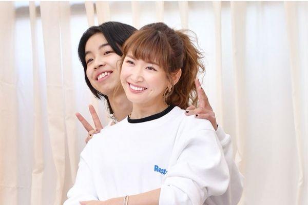 紗栄子,YOSHI,ペアルック
