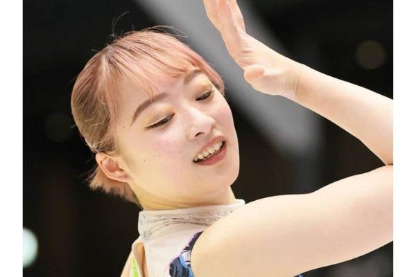 平岩優奈,髪色,ピンク